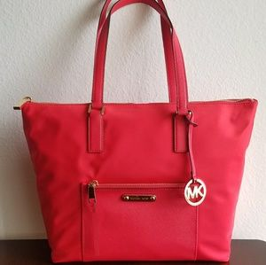 NWT Michael Kors Red Arians Large Handbag Tote